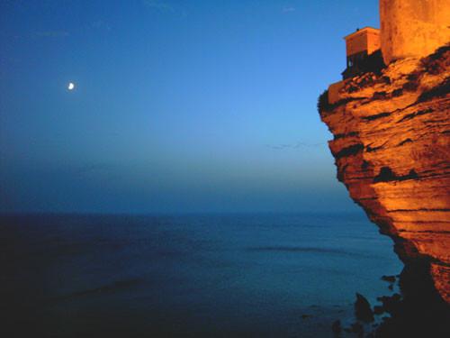 Abenddämmerung in Bonifacio (Korsika)