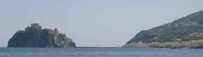 Vivara, die kleine Insel ist mit einer Brücke mit Procida verbunden