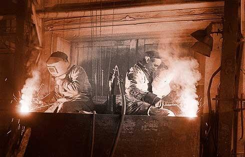 Das Schweißen wurde erstmals 1948 in den USA angewandt.