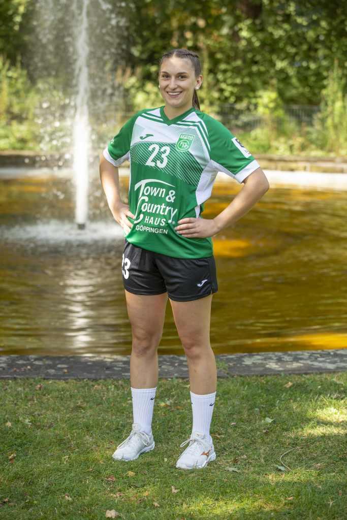 #23 Theresa Kurz