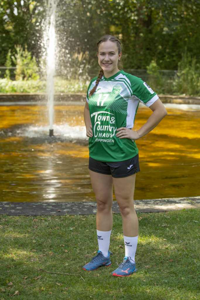 #17 Lena Wiedmann