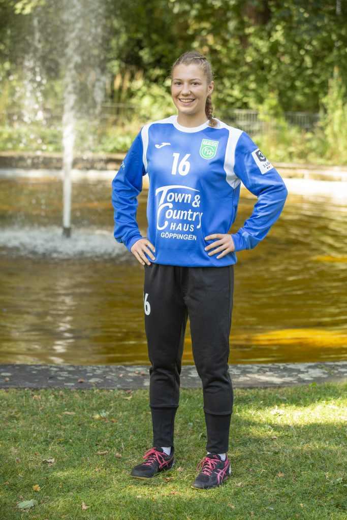 #16 Malena Bauer