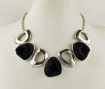 collier halsketten chocker necklaces elegant klassisch. Black Bedroom Furniture Sets. Home Design Ideas