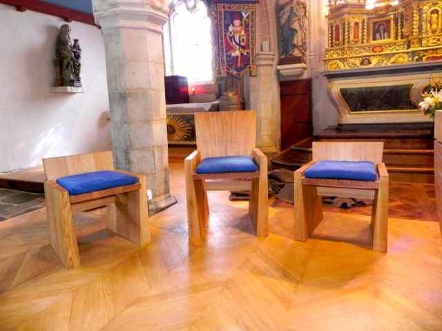 Les chaises de présidence
