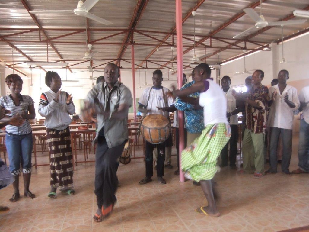 Danses d'accueil (1)