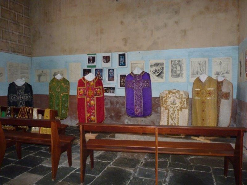L'exposition sur les vêtments liturgiques