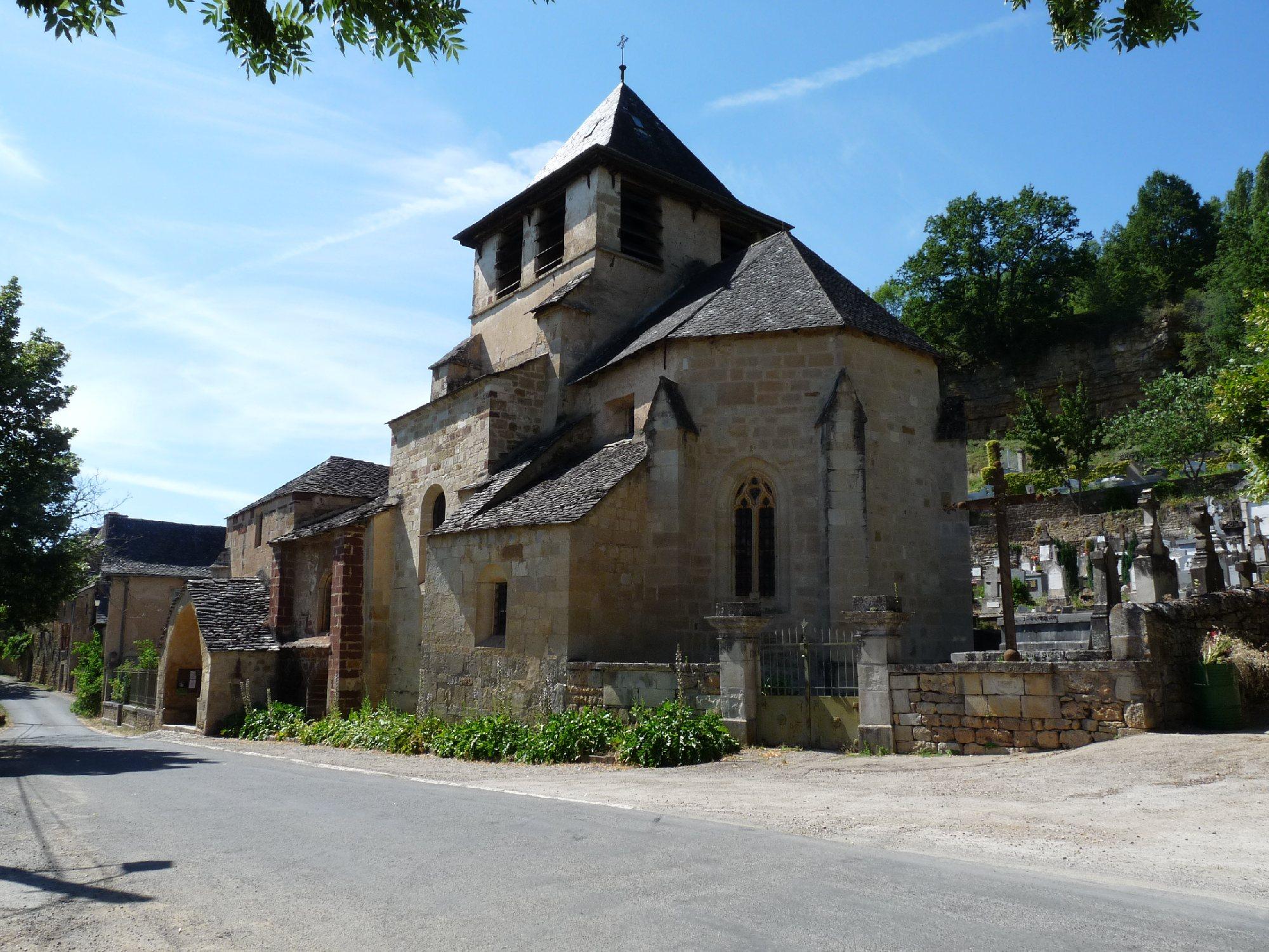 Eglise romane de St Austremoine
