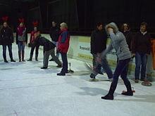 Eisstockschießen in der Eishalle