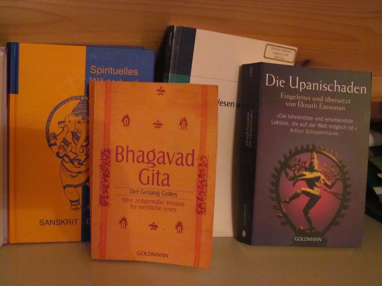 AyurvedaBücher: Bhagavad Gita, Upanishaden,...