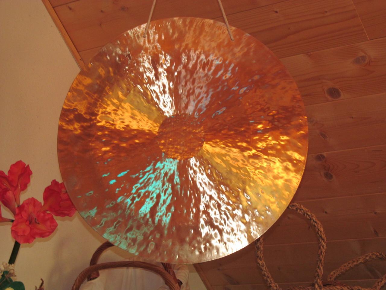 ...der Gong...