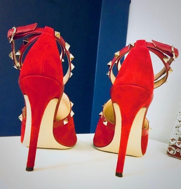Super schöner Damen High-Heel von Valentino rot
