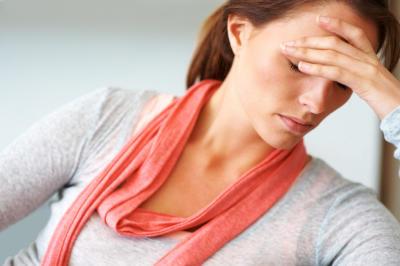 Hitzewallungen zählen zu den häufigsten Symptomen, die während der Menopause auftreten können.