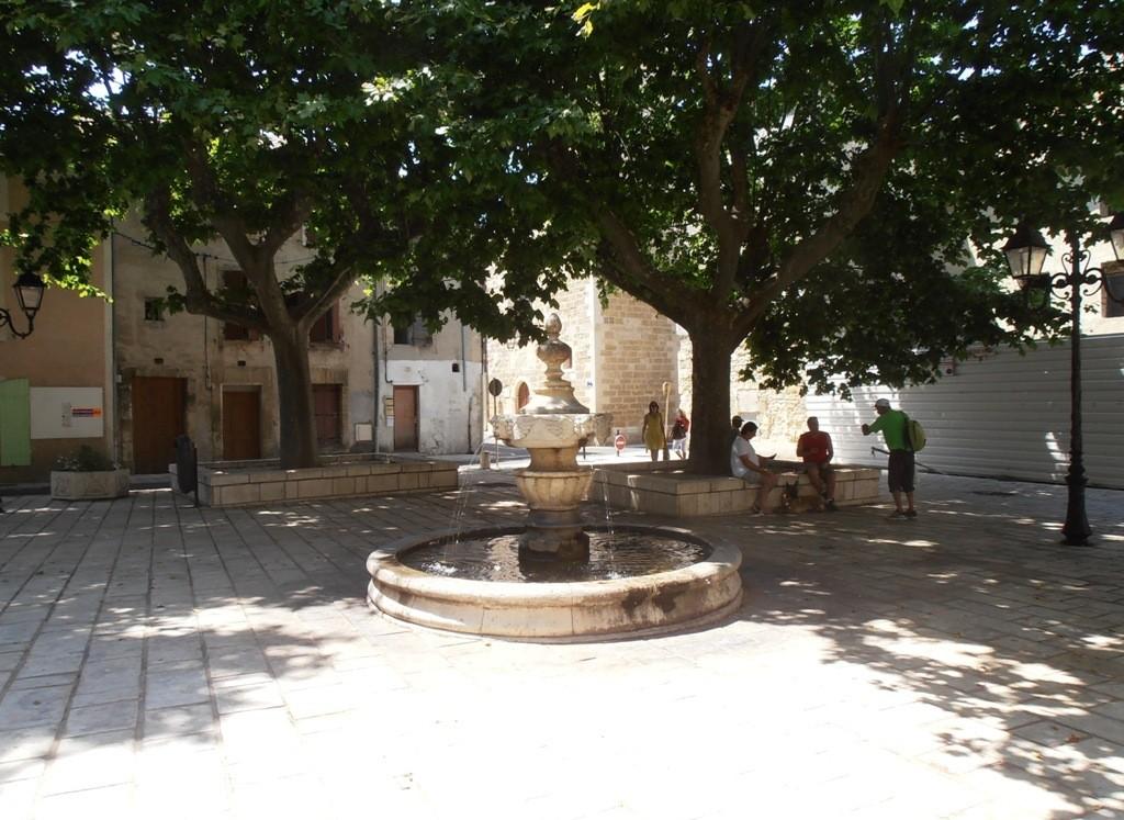 Одна из площадей Оранжа