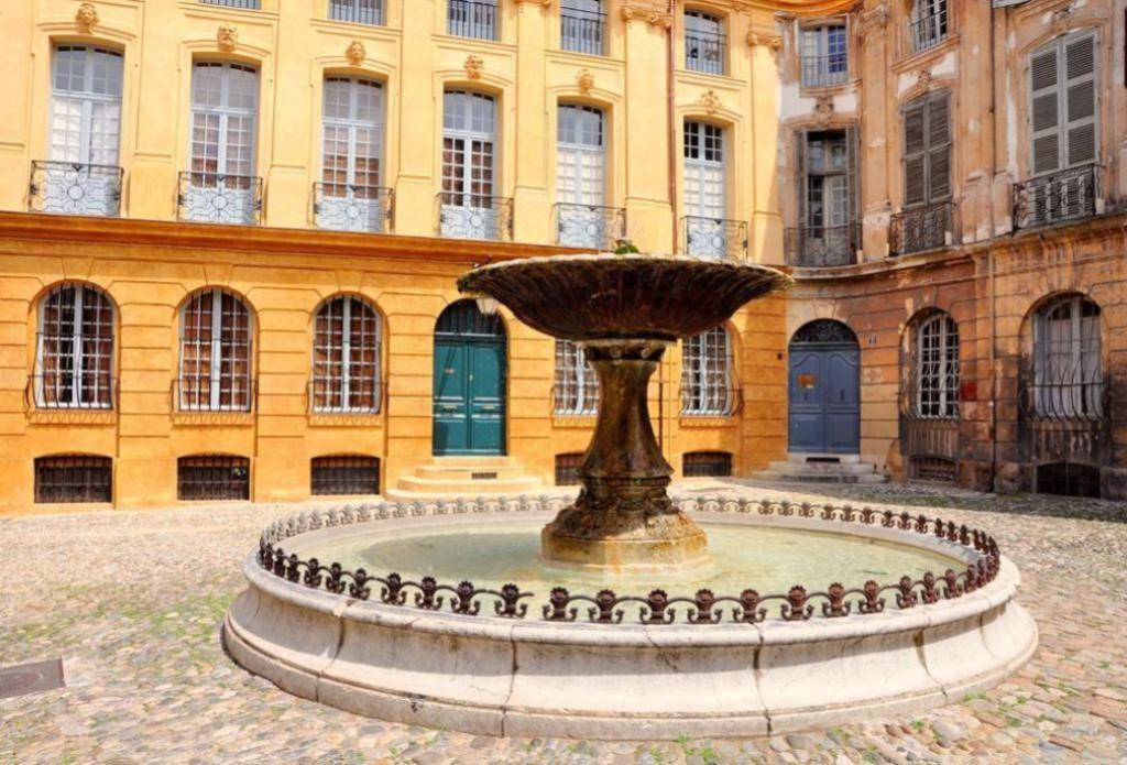 Площадь д'Альберта Экс-ан-Прованс