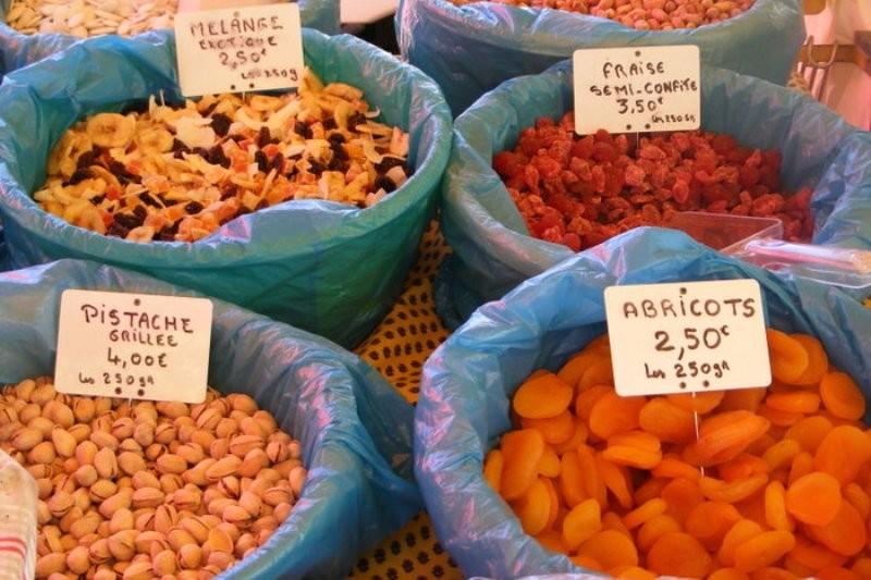 Сухофрукты на провансальском рынке
