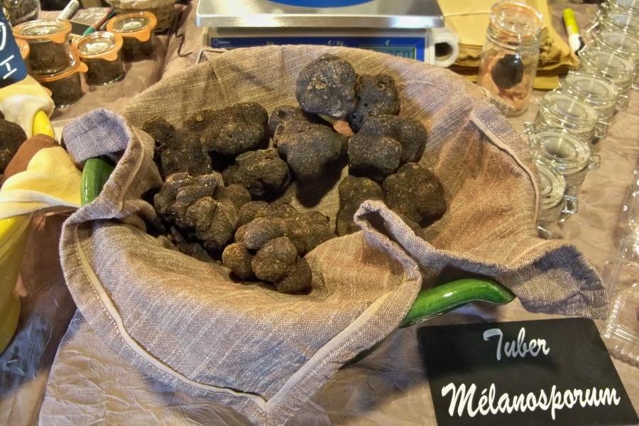 Tuber Melanosporum - черный трюфель