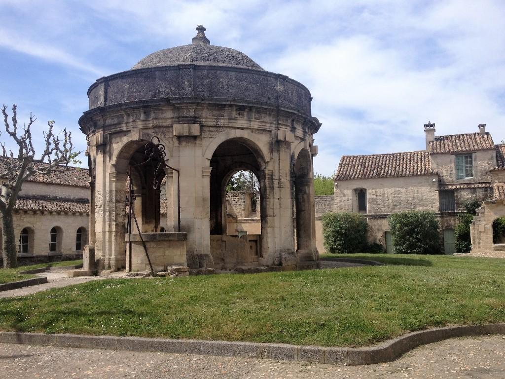 Клуатр Святого Иоанна Крестителя - Нотр-Дам-дю-Валь-де-Бенедиксьон