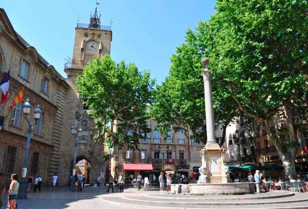 Площадь мэрии Экс-ан-Прованс