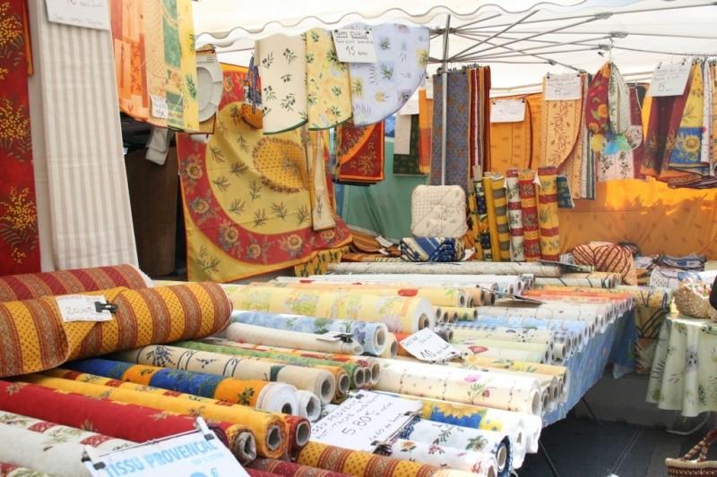 Текстиль в провансальском стиле