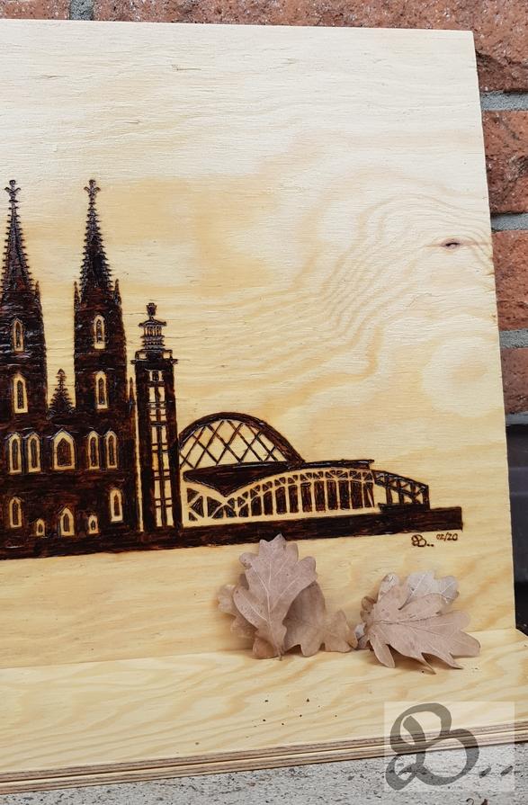 Brandmalerei - Skyline Köln rechtes Detail