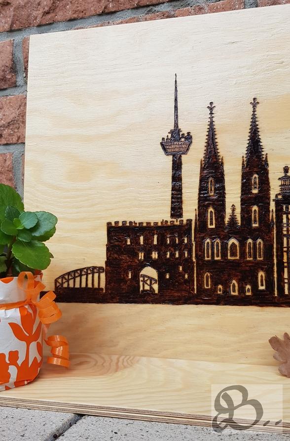 Brandmalerei - Skyline Köln linke Seite