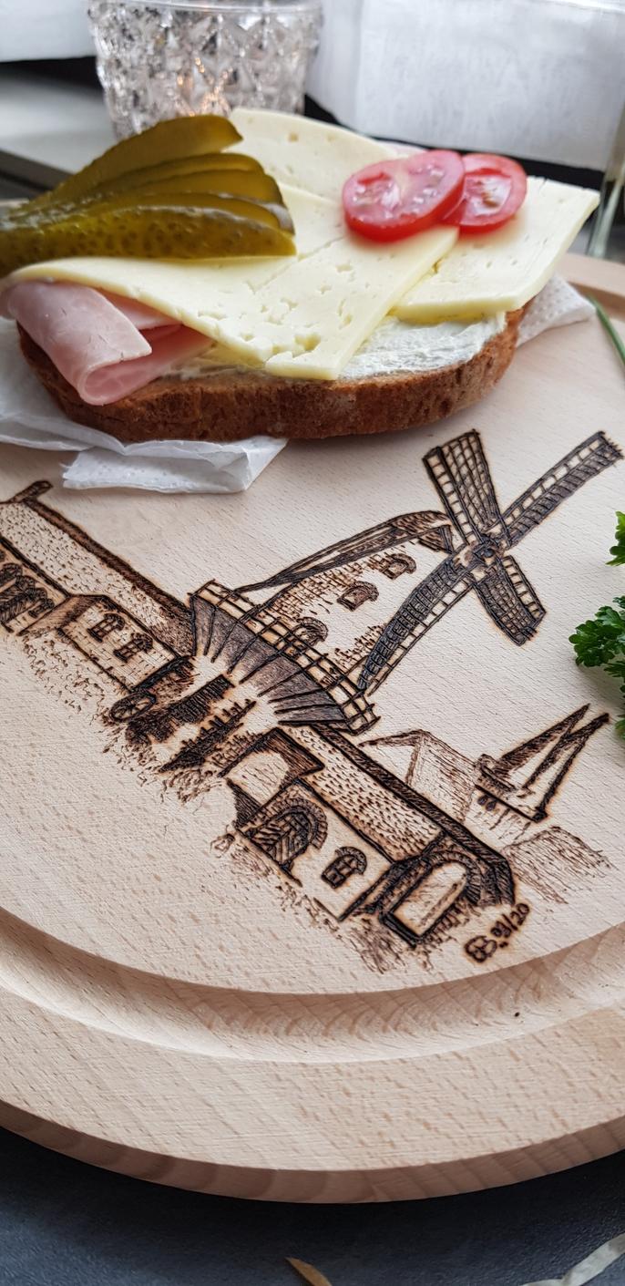 Holzwerk Peter Stoiber - Brandmalerei - Krimhildsmühle in Xanten