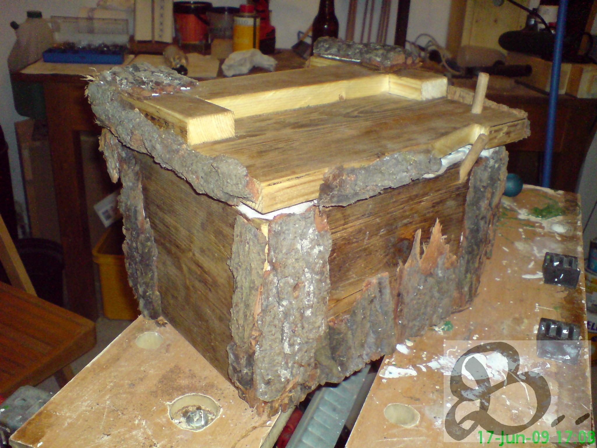 Holzwerk Peter Stoiber - Holzarbeiten - Mittelalterkasse