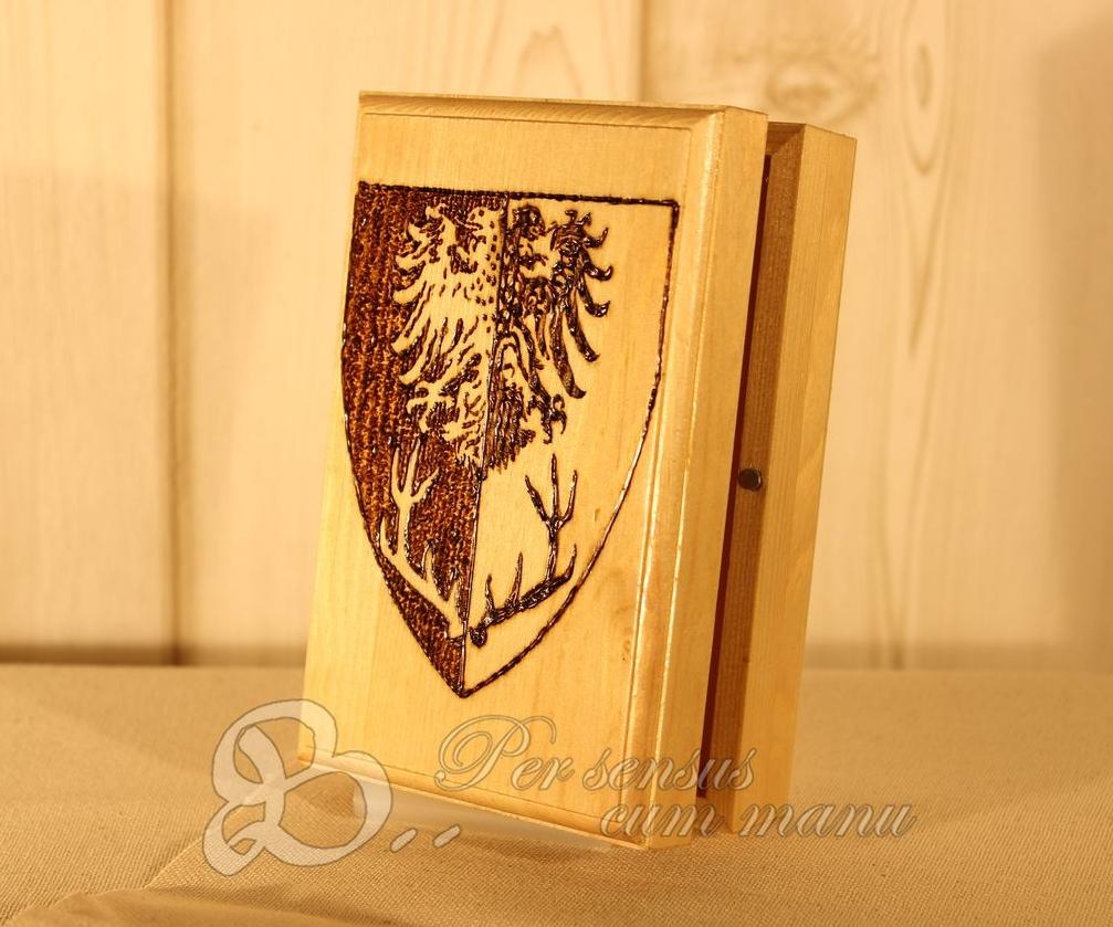 Holzwerk PS -  Brandmalerei - Wappen auf Schmuckkiste für LARP