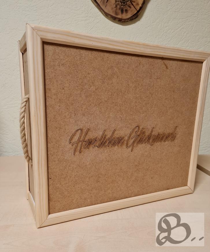Geschenkbox individuell beschriftet