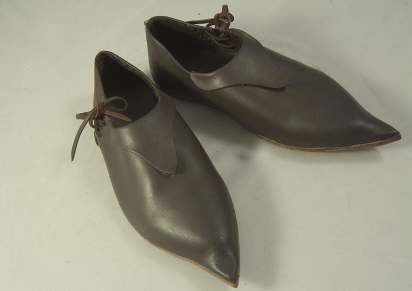 Chaussures Mixtes X-XVème. Réf. GDFB-SH-009 / size. pointures: 40/48 Prix: 120 € en stock 42,