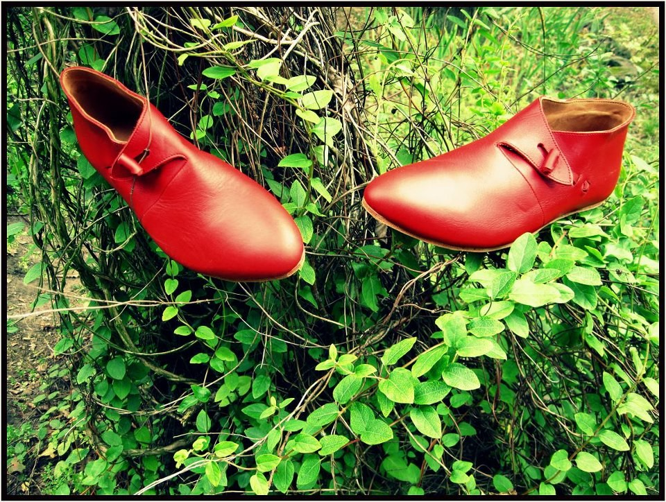 Chaussures Normandes Xème au XVème Référence 2 R : Prix: 155 €