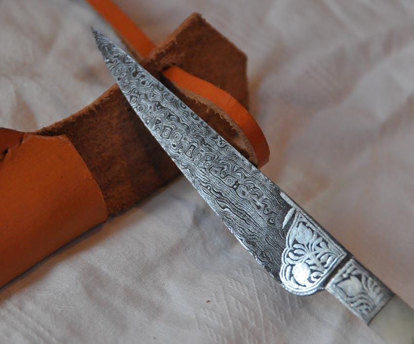 Lame damassée Art.No.: VM000498 - Longueur 15 cm - Lame 8,8 cm - Prix : 99 euros