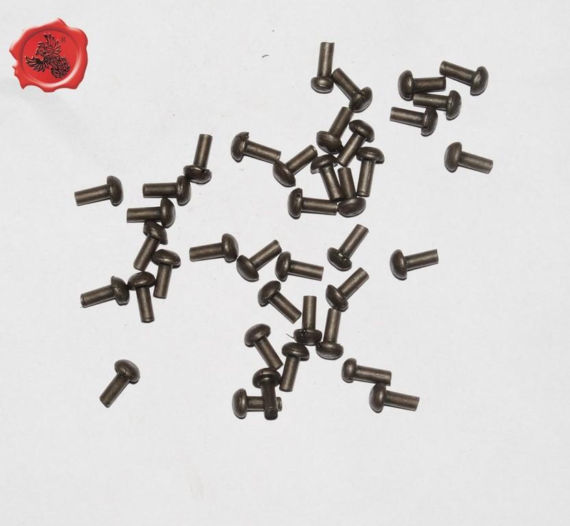 RIVETS ACIER Référence d'achat GDFB/RI/012 S-Tête/head: 7,5 mm - épaisseur/body: 3,8 mm- Longueur/Length: 12,75 mm Paquet de 100/Packet of 100 pcs: 6 €