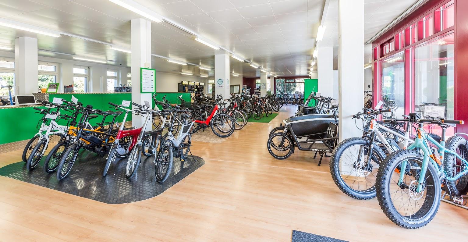 Beratung, Probefahrt und Verkauf von e-Bikes, Pedelecs und Speed-Pedelecs in Hombrechtikon