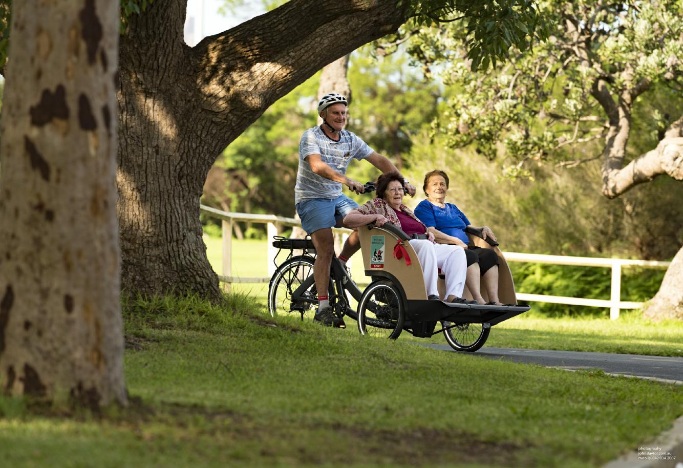 Triobike Taxi Lasten e-Bike 2019