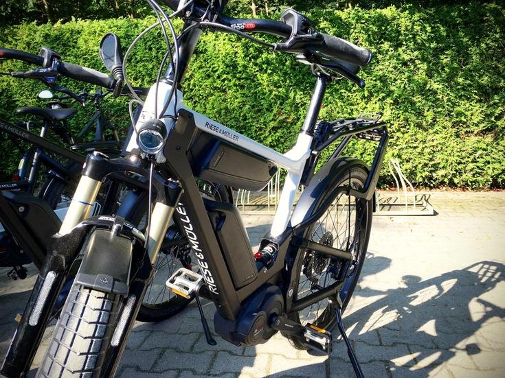 Riese und Müller Trekking e-Bike Delite 2017