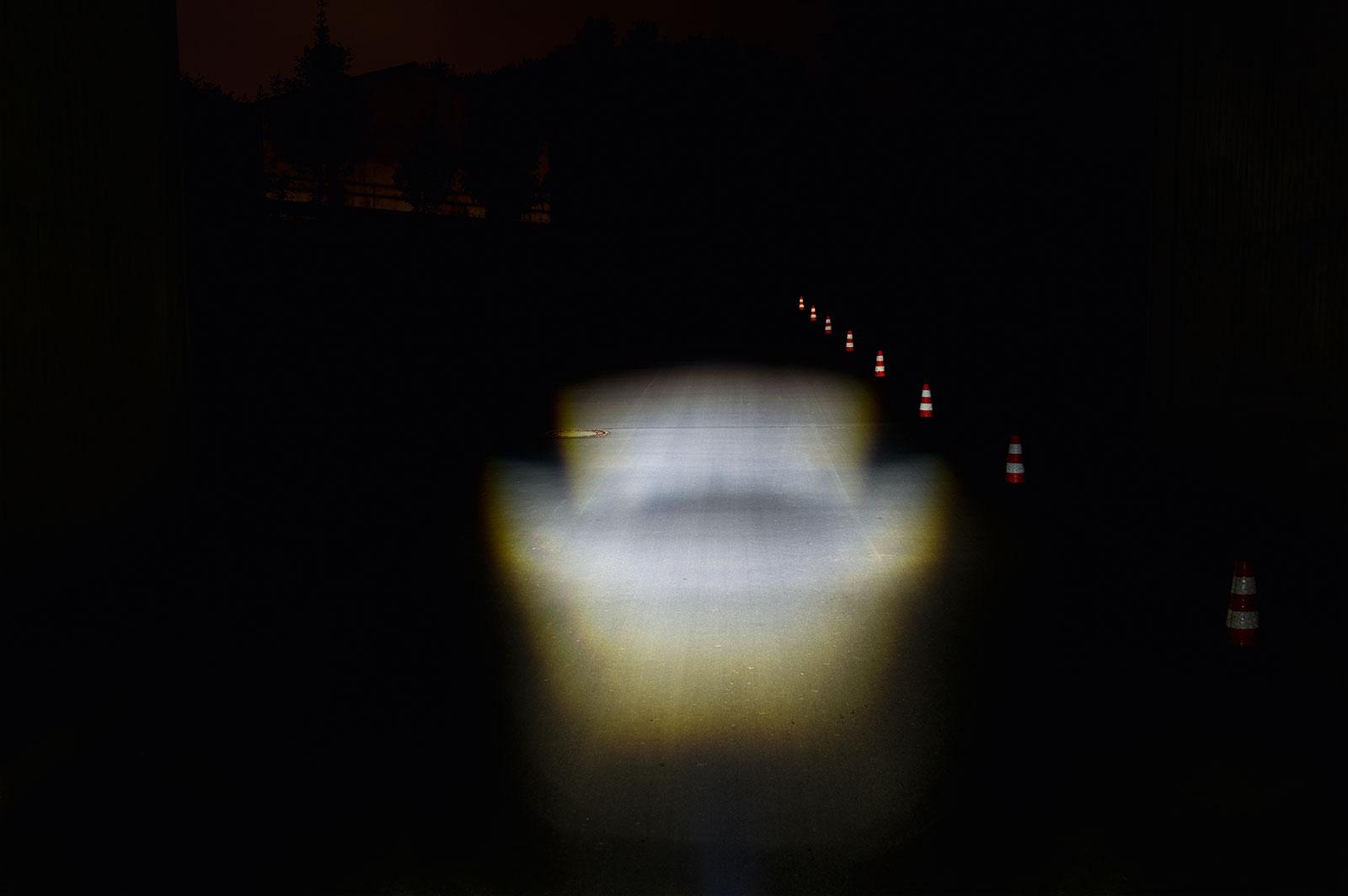 e-Bike Beleuchtung mit einer Lichtmenge von 20 LUX
