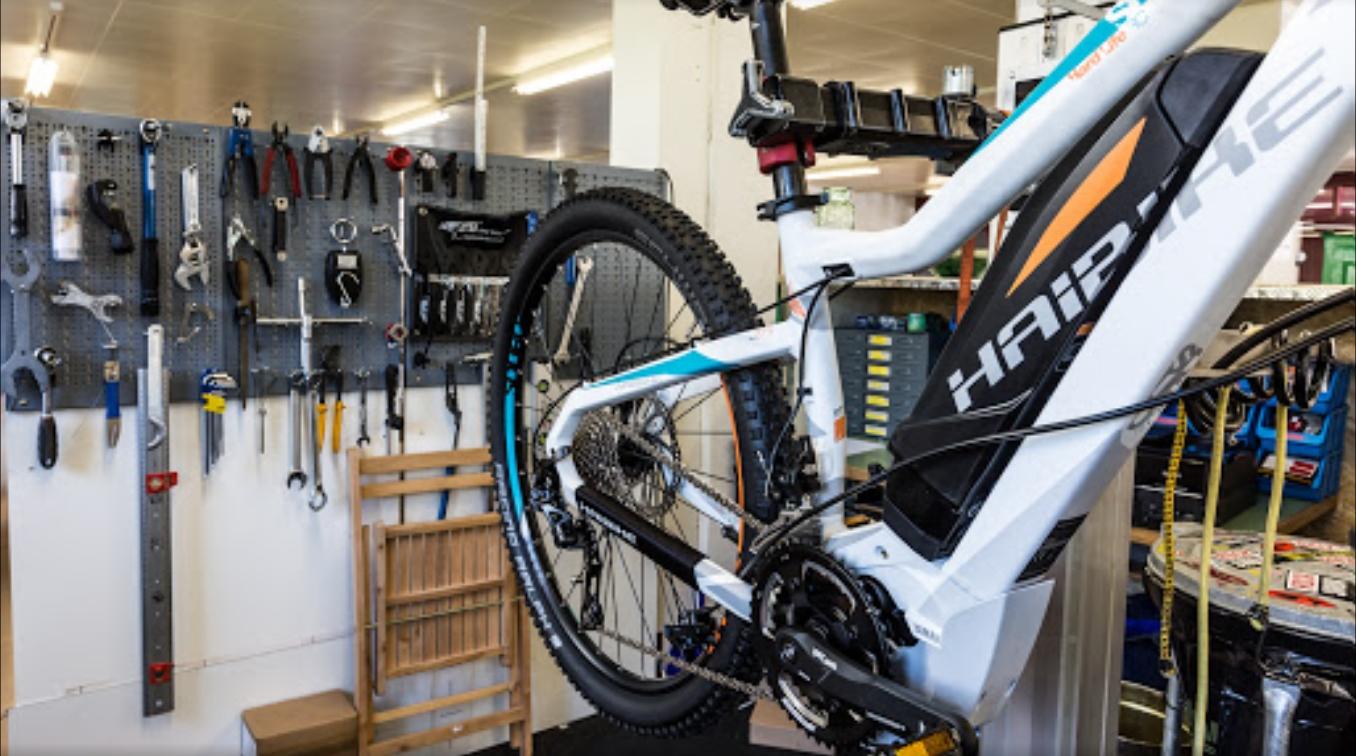 e-Bike Werkstatt bei Ihrem Fachhändler für Pedelecs in Hombrechtikon