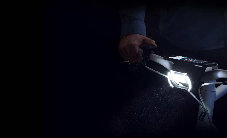 COBI Bordcomputer für e-Bikes und Pedelecs mit integrierter Beleuchtung vorne