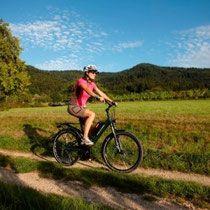e-Bike Tour durch die Landschaft