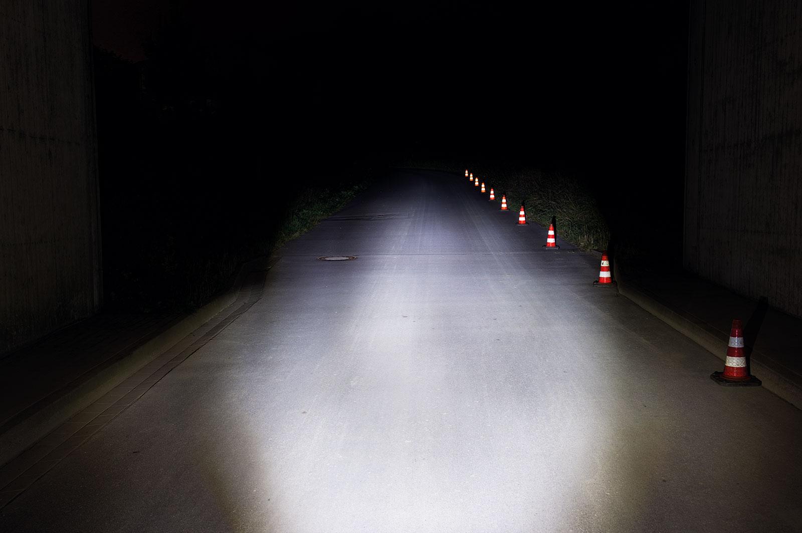 e-Bike Beleuchtung mit einer Lichtmenge von 50 LUX