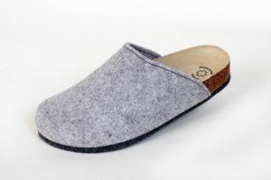 Lofts Grau. Produkt-Information:  Lofts kommen auf Leisen Sohlen. Schuh bzw. Pantoffel für Zuhause, mit einer speziellen Filzsohle. Noppen verhindern ein ausrutschen. Preis: 39,90.-€