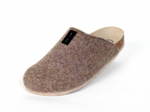 Lofts Moro. Produkt-Information:  Lofts kommen auf leisen Sohlen. Schuhe bzw. Pantoffel für Zuhause, mit einer speziellen Filzsohle. Noppen verhindern ein ausrutschen. Preis: 39,90.-€