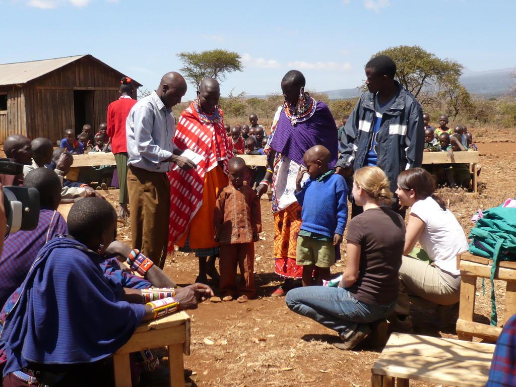Das Tragen einer Uniform ist an kenianischen Schulen Pflicht.