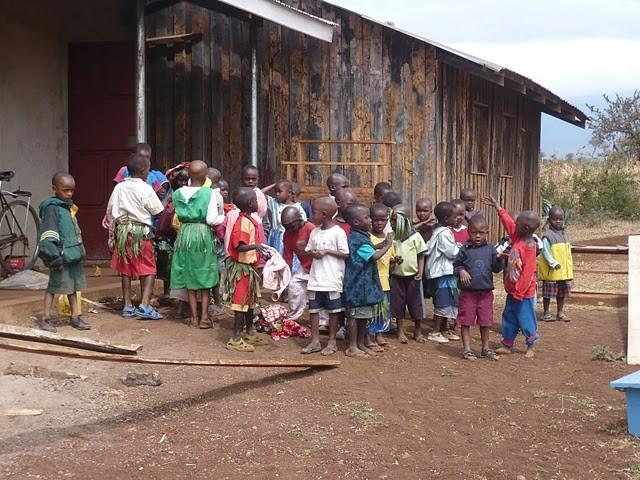 Die Kinder der Enduet Primary School