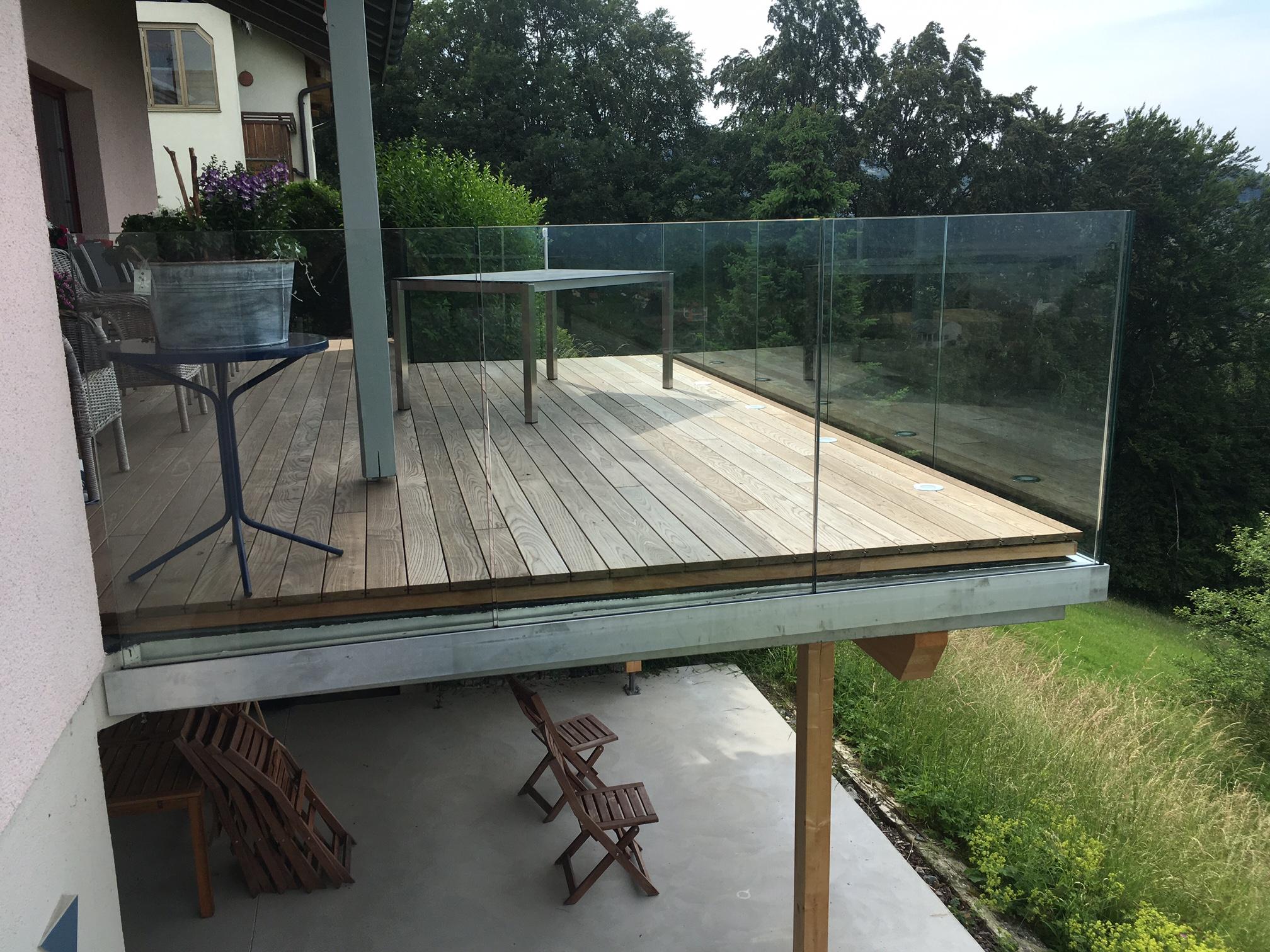Sitzplatz- und Balkonerweiterung