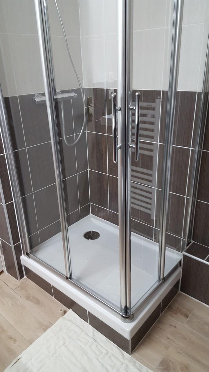 Mise en place de la nouvelle douche