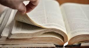 Lisons et méditons la Bible, la parole de Dieu afin de connaître Dieu