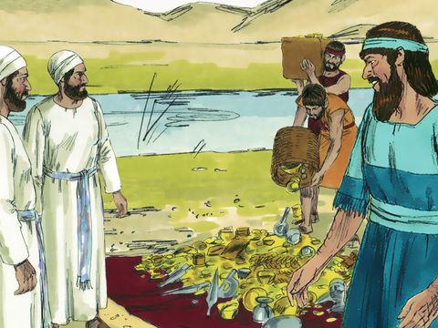 Esdras emporte avec lui une grande quantité d'or et d'argent ainsi que des ustensiles en argent offerts pour le Temple de Jéhovah (20 tonnes d'argent, 3 tonnes d'or et 3 tonnes d'ustensiles). A Jérusalem, il devra désigner des juges et des magistrats.