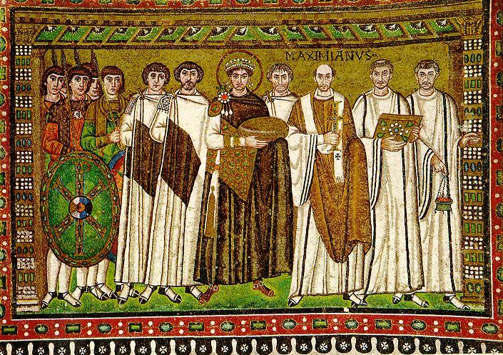 Césaropapisme - L'empereur romain possède aussi le pouvoir religieux. Justinien représenté sur une mosaïque de la basilique Saint-Vital de Ravenne entre ses généraux et le clergé.